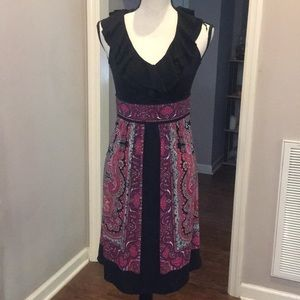 London Times ruffle neckline dress.  Size 4